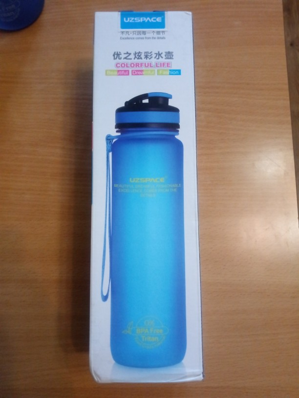 UZSPACE 650/1000ml Sports Bottle Portable shaker Travel Gym Climbing Cycling My plastic Drink Bottles for water Tritan(BPA free)-in Water Bottles from Home & Garden on AliExpress