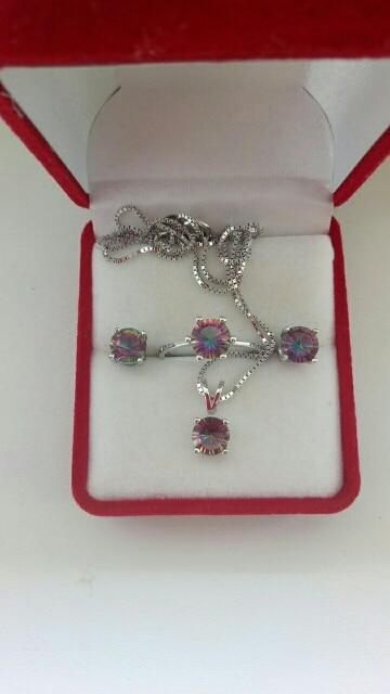 Round Rainbow Fire Mystic Topaz Jewelry Set photo review