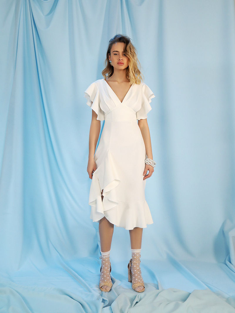 Dress with frill. Color White купить в Москве 2019