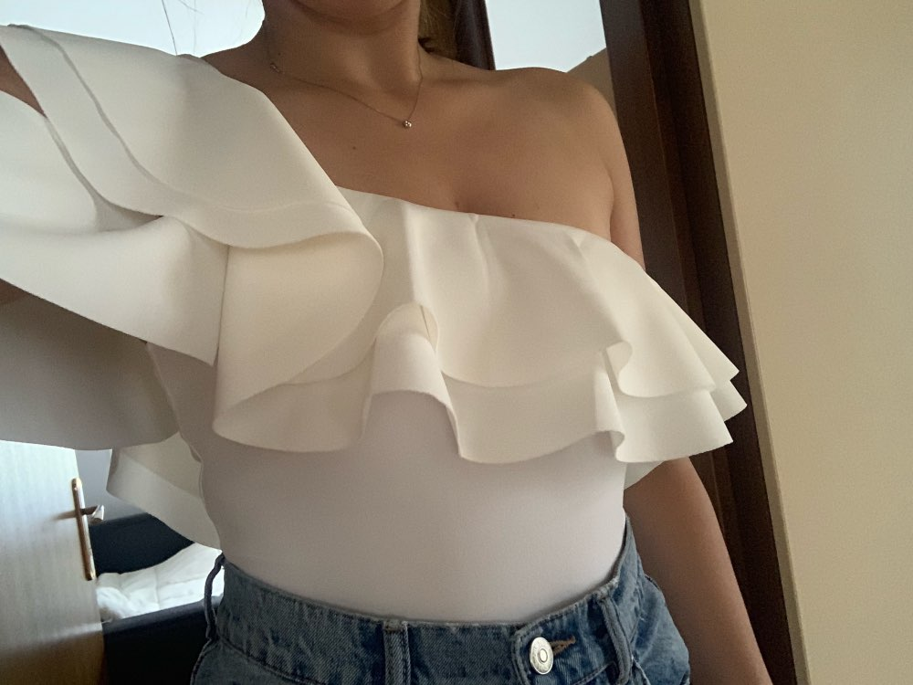 Sexy Layered Ruffle One Shoulder Mid Waist Skinny Backless Bodysuit Women Summer Short Sleeve Solid Club Bodysuits photo review