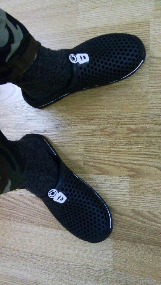 Материал Подошвы:: Резина; мужская обувь; повседневная мужская обувь; мужчины скольжение;