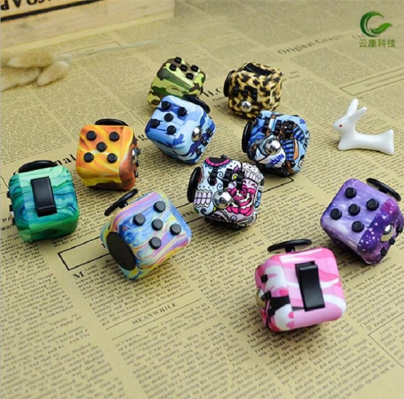 Camouflage Blue Wood Spinner Fidget Cube Toys A Vinyl Desk Squeeze Fun Toys For Kids Adults Mini Fidget Spin Toys Magic Cubes fun desk