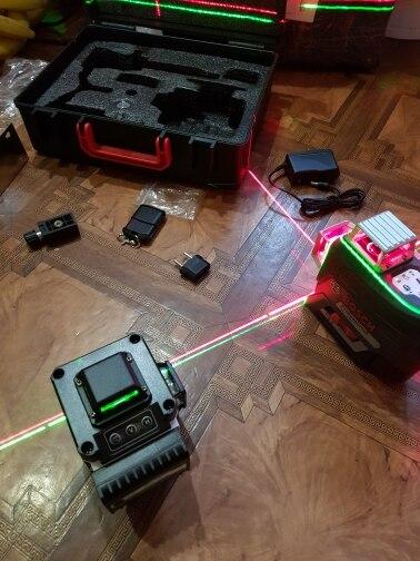 Níveis de laser Poderoso Poderoso Linhas