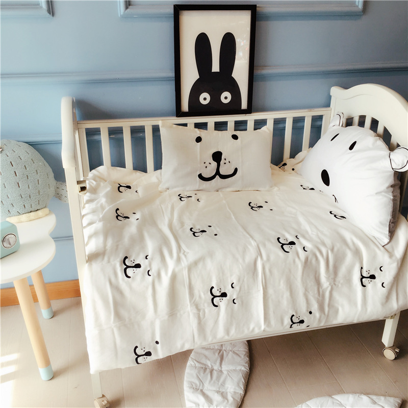 3 Pcs Baby Beddding Set Soft Gauze Newborn Quilt Cover Cot Sheet Pillow Case Cotton Black White Cartoon Pattern Baby Bedding triangle pattern pillow cover