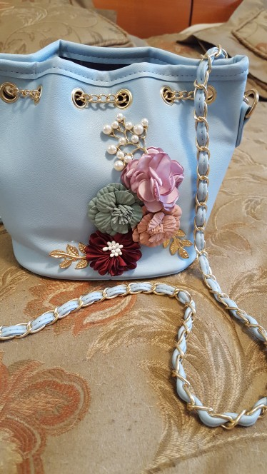 14 reviews for Handmade Flowers Bucket Bags Mini Shoulder Bags 1944a06ee341