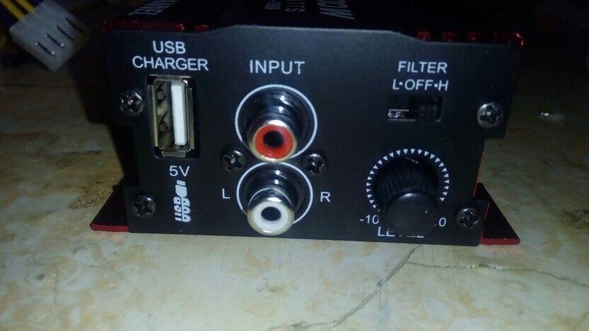 автомобильный радиоприемник; цифровой аудио усилитель; аудио усиления; ролик экран ;