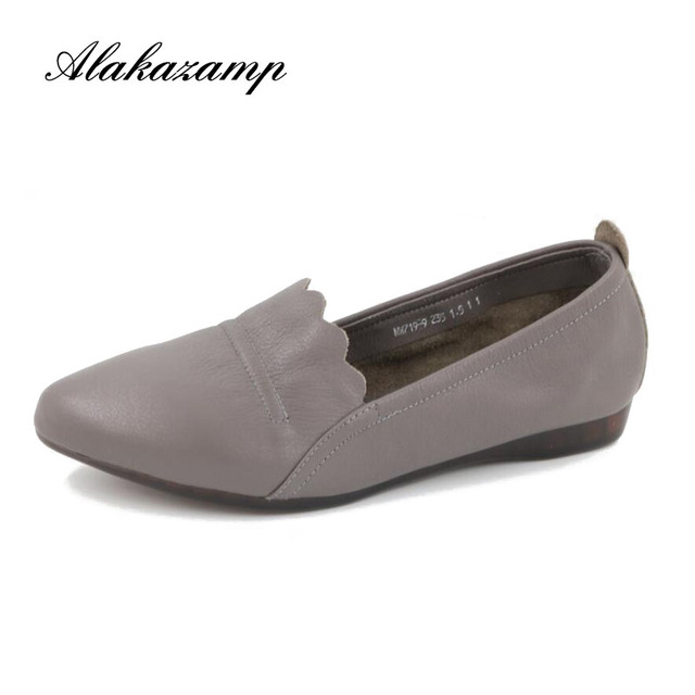 2019 New Women's Casual Shoes Soft Genuine Leather Female Flats Non-Slip Woman Loafers Leisure Slip-On Boat Shoe Plus Size 35-40