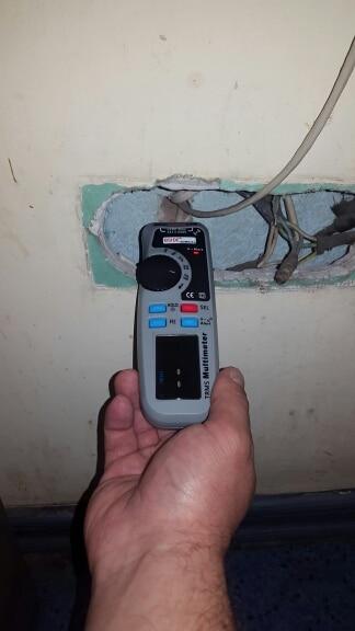 MultímetrosMultímetro Digital Adm92cl