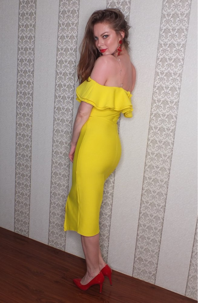 Summer Sexy Off Shoulder Women Bandage Dress Vestidos Ruffles Slash Neck Club Dress Celebrity Party Runway Dress photo review