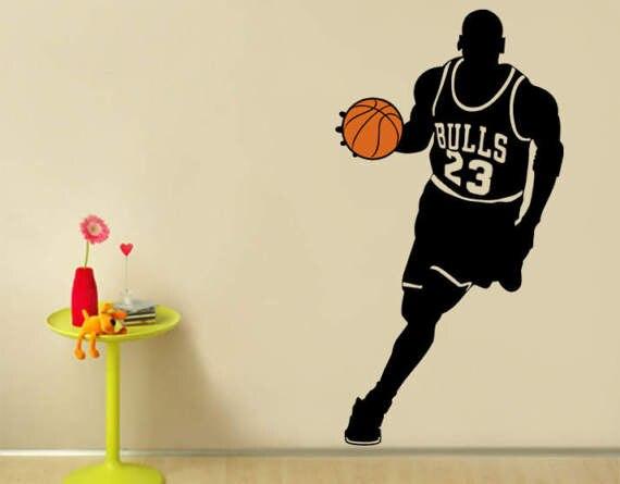 photos officielles 59651 ca9bb € 6.53 20% de réduction|Sticker mural vinyle autocollant joueur de basket  ball taureaux 23 Michael Jordan Sport pour enfants chambre amovible Art ...