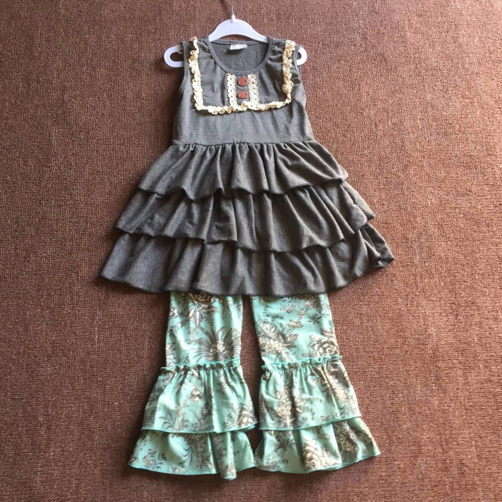 2017 Hot Sale Sleeveless Dark Grey Lace Ruffle Casual Clothes Flare Pants Baby Girl Clothing Sets Infant Apparel grey lace details floral print v neck sleeveless pajamas sets