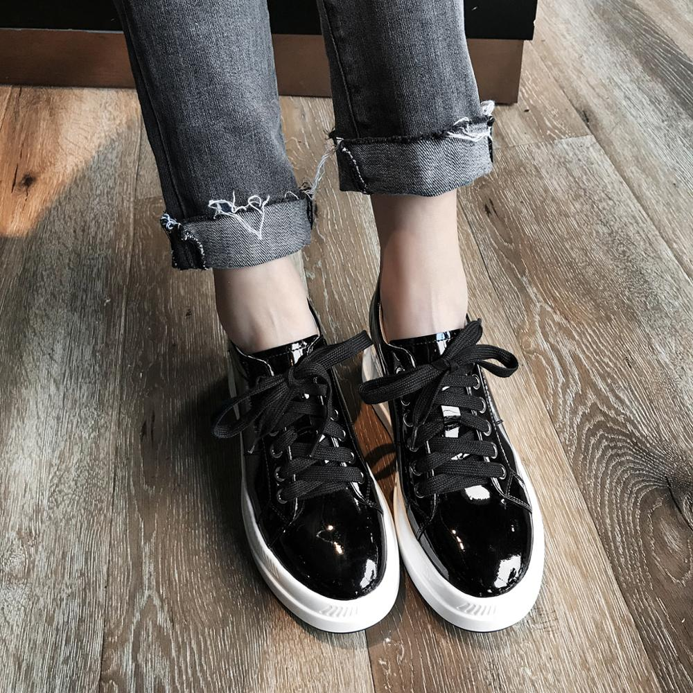 2019 skórzane buty kobiet Sneakers platformy czarne beżowe na co dzień kobiety trampki 7.5 cm w Damskie buty z gumową podeszwą od Buty na  Grupa 2