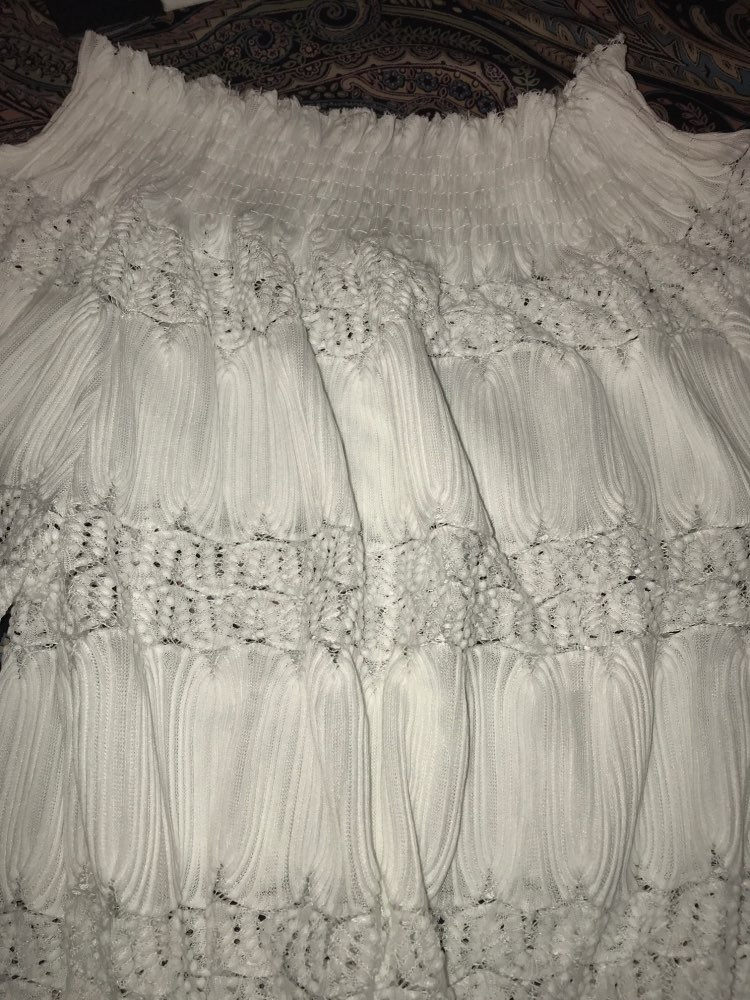 Белый Кружево Блузки для малышек женщина 2018 весна новые летние поступления Мода с открытыми плечами Топы корректирующие дамы с длинным рукавом Уличная блузка женская