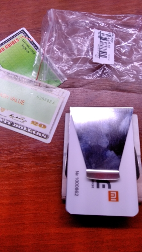 1Pc Stainless Steel ID Card Folder Double Sided Wallet Holder Slim Money Clip photo review