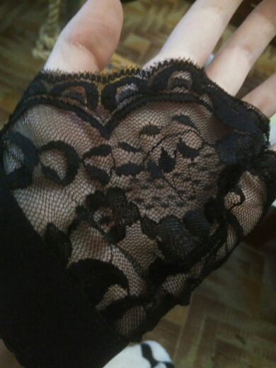 WEIXINBUY Sexy Floral Lace Wire Bra Bustier Sheer Top Seamless Bralette Transparent Cup Wireless Bras Brassiere Lingerie Useful