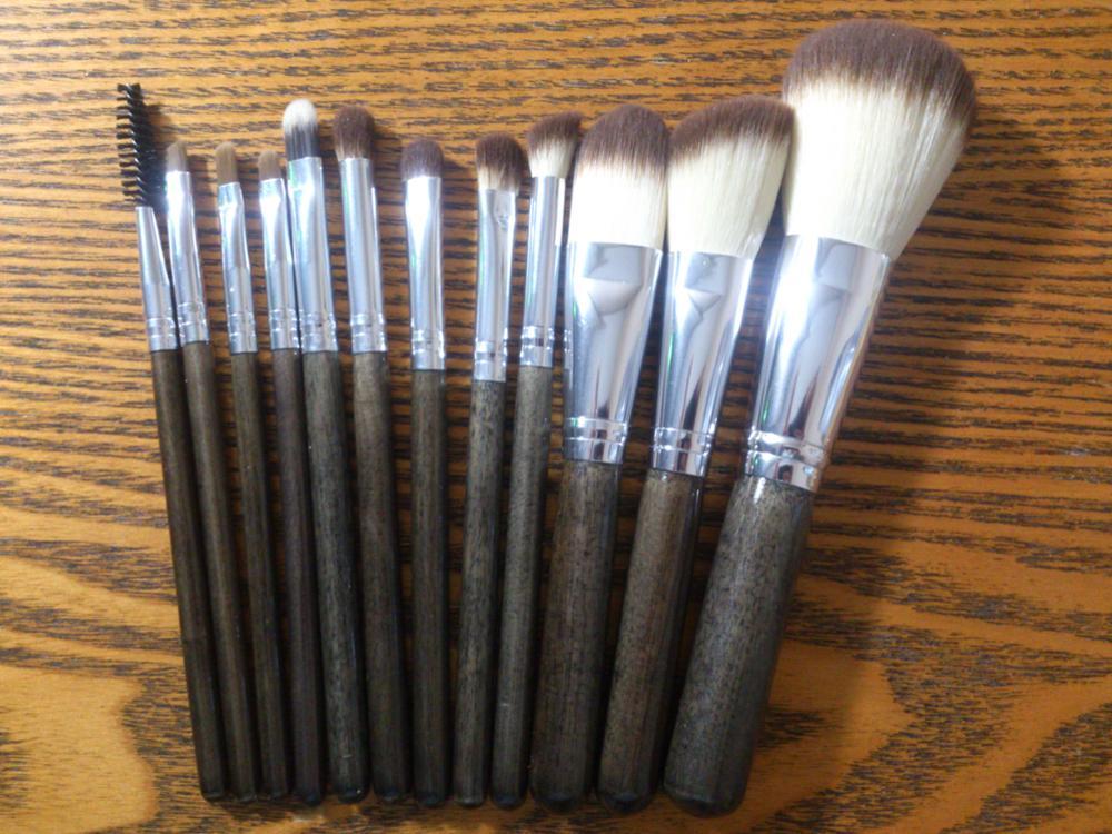 Professional Makeup Brushes Set 12pcs Powder Foundation Blush Eyeshadow Liner Brow Lip gloss Highlight Contour Beauty Tools Kit