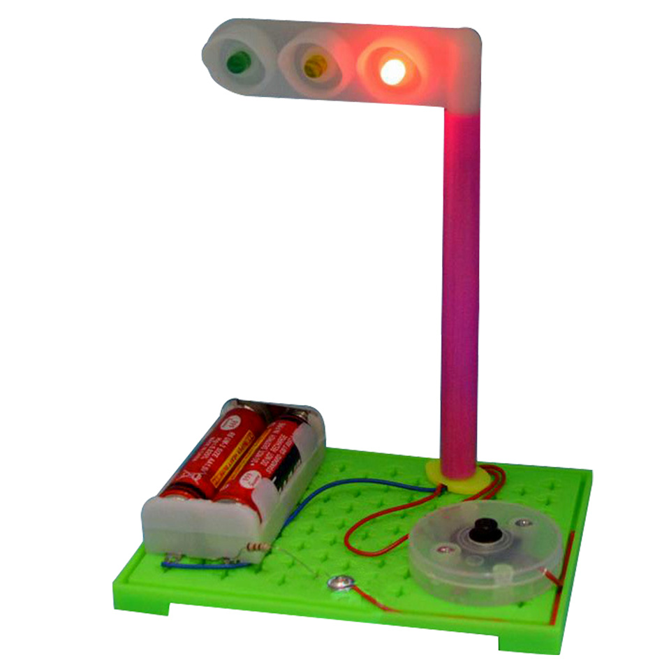 DIY Eductional Toys Simulation Traffic Lights Craft Small Product (2sets)