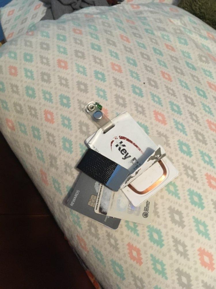 QOONG Heren Lederen Geld Clip Portemonnee Vrouwen Slanke Metalen Geld Houder Paar Veilig Portemonnee Bill Clip Klem voor Geld ML1-046 photo review