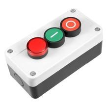 купить UXCELL Push Button Switch Station Momentary NC Red NO Green Red Signal 660V 10A To Control The Electromagnetic Starter Contactor дешево