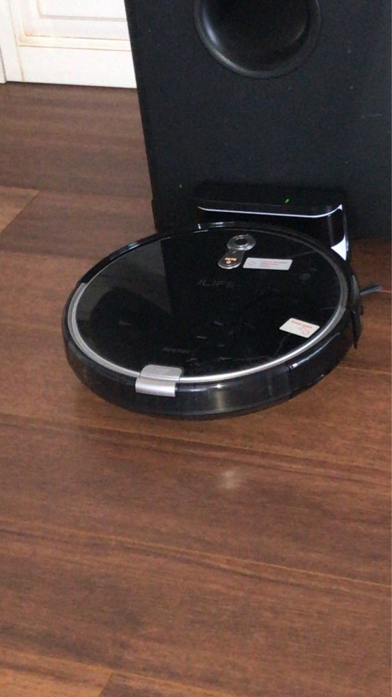 ILIFE  A8 Robot Vacuum Cleaner for Thin Carpet Camera Navigation Various Cleaning modes