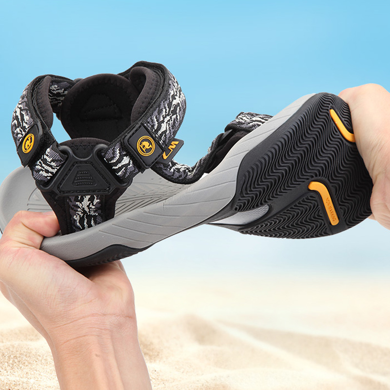CAMEL Men's Sandal New Wading Men Shoes Lightweight Breathable Non-slip Outdoor Sandals Beach Shoes Sandals Men Summer Hiking 2