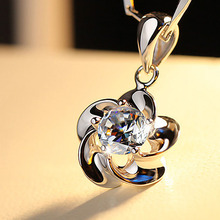 zheFanku High Quality Plum Blossom  Silver color Necklace Austrian Crystal Zircon Pendant Necklace Jewelry Women