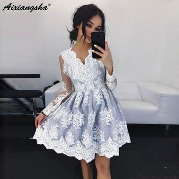 0df1914f3e2f Sexy A-Line cuello pico ver a través de mangas largas de encaje Rosa  vestido de noche corto con apliques Vintage vestidos de fiesta bata de  soiree