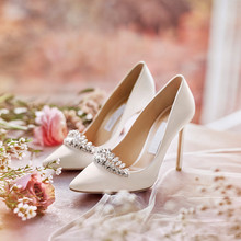 women wedding thin high heels pumps 2018 lady pointed toe crystal single shoes med heel 7.5 cm for bride shoe size 33-41