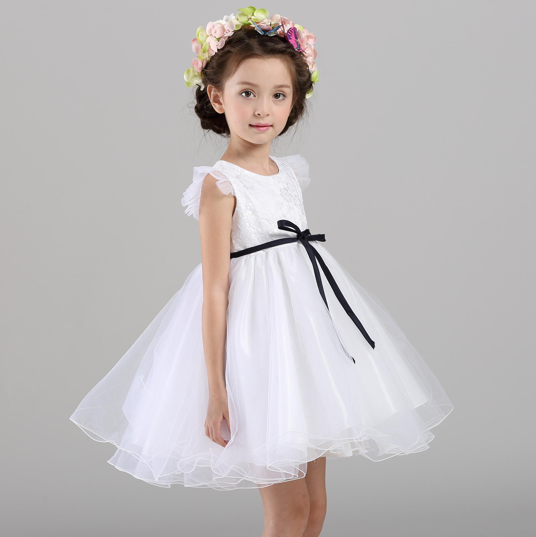 Preschool years, JJ's House has beautiful flower girl dresses that are ideal for any age group and that exquisitely complement the rest of your wedding party. Shop now.