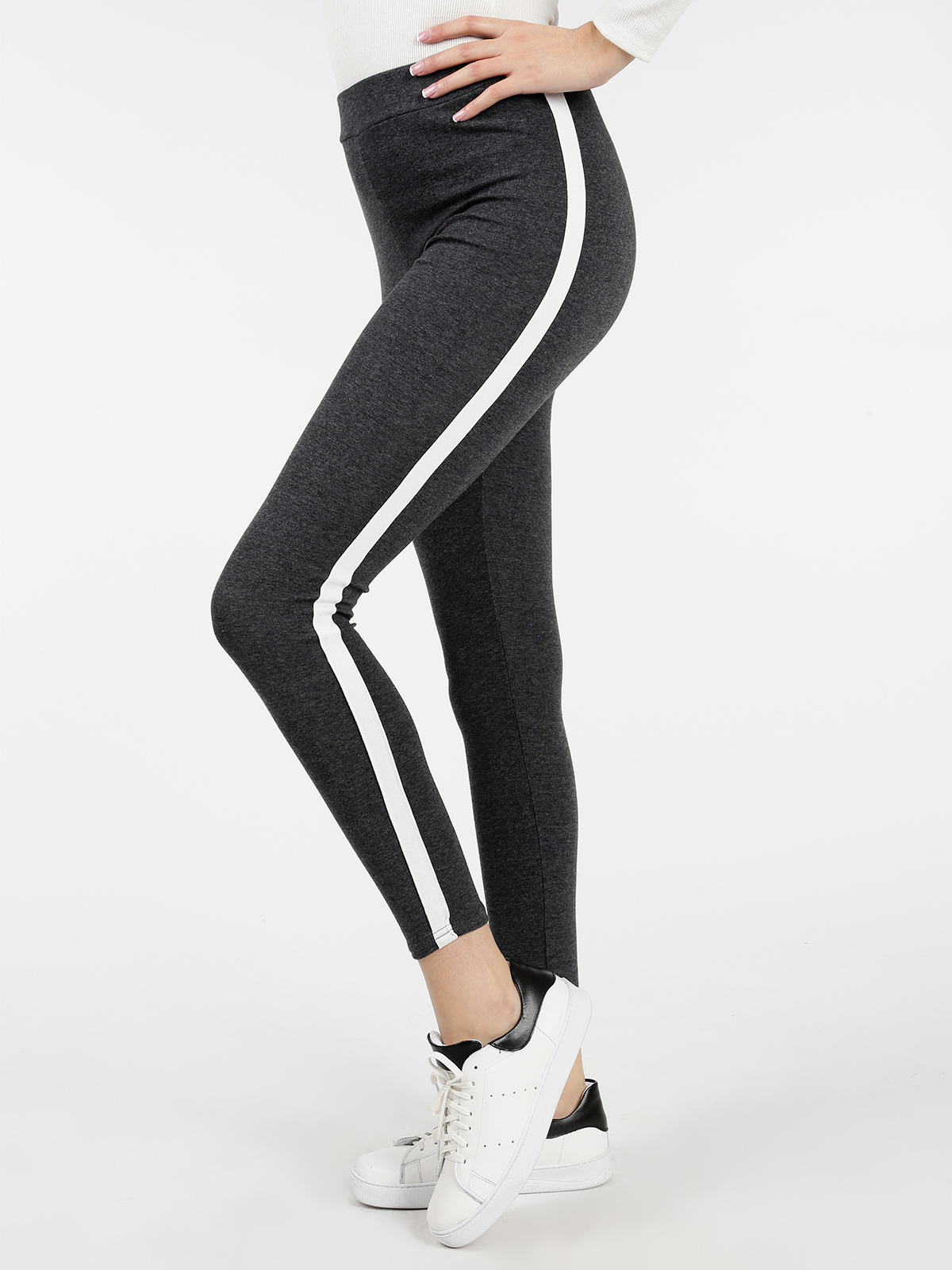 Leggings With Side Strip
