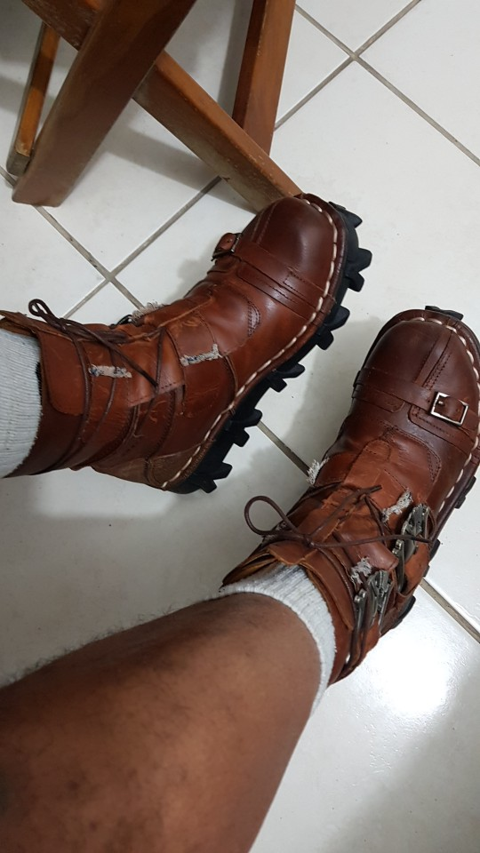 Men's Cowhide Genuine Leather Work Boots Military Combat Boots Gothic Skull Punk Motorcycle Martin Boots