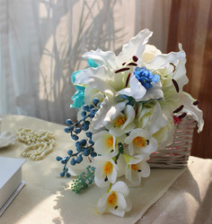 Ivory 2018 new best selling bridal bouquet artificial flowers wedding bridal bouquet drops waterfall holding flowers photo props