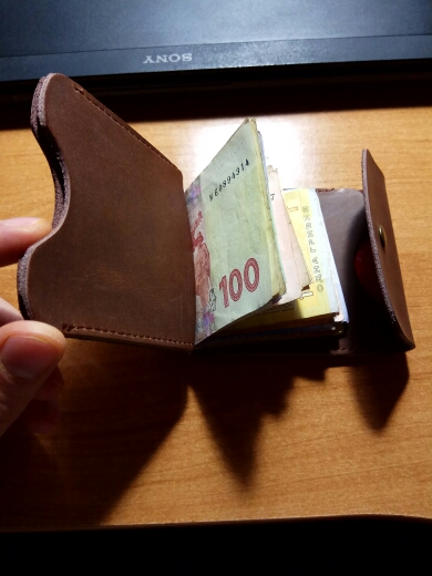 AETOO  Top Quality Wallet Men Money Clip Mini Wallets Male Vintage Style Hasp Purse Leather Card Holers with Clamp photo review