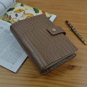 Image 5 - 2018 Yiwi Vintage A6 Persona hakiki deri Travelers Notebook günlüğü planlayıcısı Sketchbook yaratıcı doğum günü