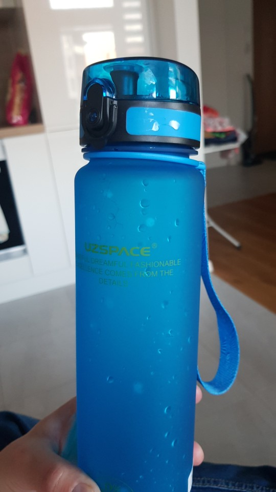 UZSPACE 0%BPA Plastic Sports Water Bottle Protein Shaker Portable Tour Outdoor Camp Tea Fruit My Drink Bottle 500/650/1000ml-in Water Bottles from Home & Garden on AliExpress