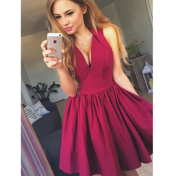 0a9d9cdd74a1b Kısa Mezuniyet Elbiseleri Kız V Yaka Siyah Kırmızı Kraliyet Mavi Popüler  Genç Kısa 2019 A-line Birinci vestido de formatua