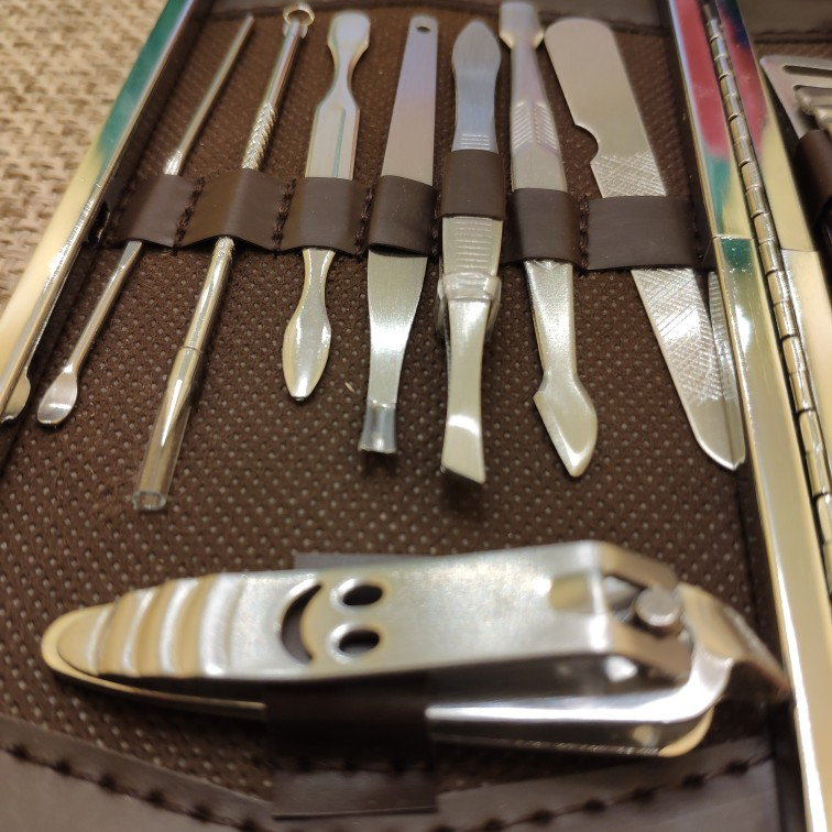 12 Pcs Stainless Steel Nail Art Manicure Set Tools Kits Nails Clipper Scissors Tweezer Knife Manicure Case For Pedicure Set