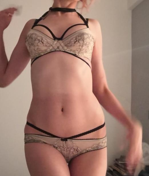 France Embroider White Lace Underwear Support Lingerie Set For Women Transparent Bra set Sexy Halter Bandage Deep V Temptation