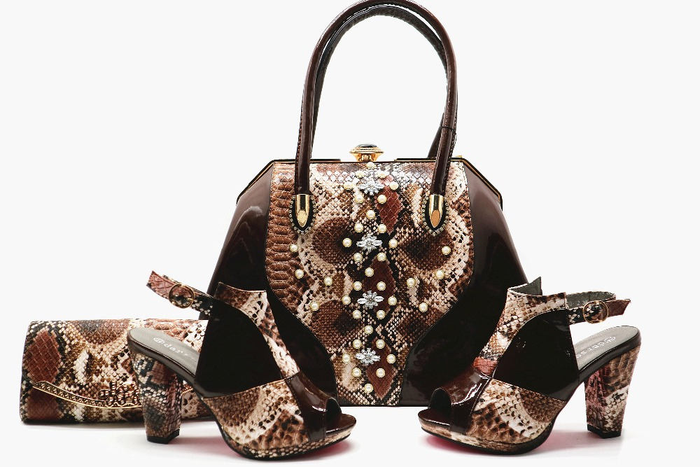 Size 38 to 42 new fashion italian design shoes and bag set coffee snake shoes and bag matching set big shoulder bag SB8137-3 cd158 1 free shipping hot sale fashion design shoes and matching bag with glitter item in black