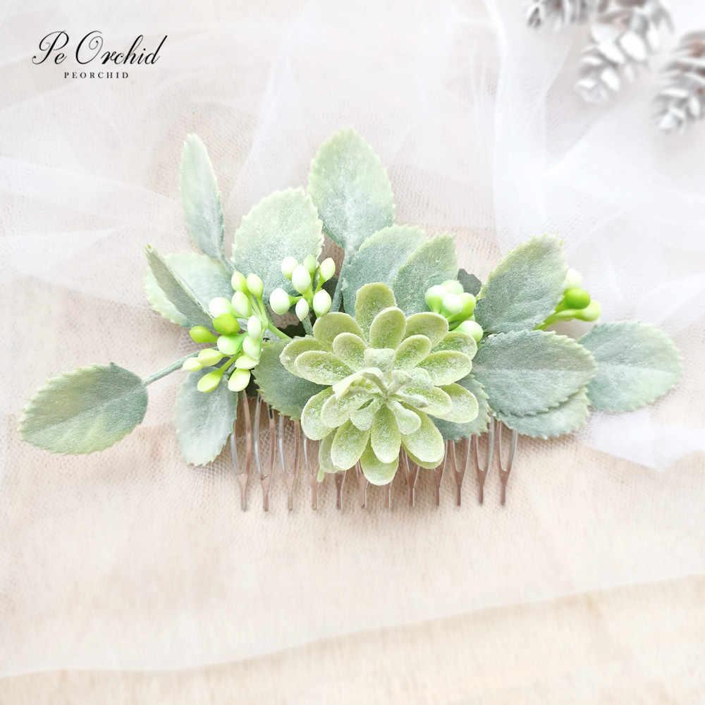 Eucalyptus hair comb Bridal greenery hair piece Wedding pearl headpiece