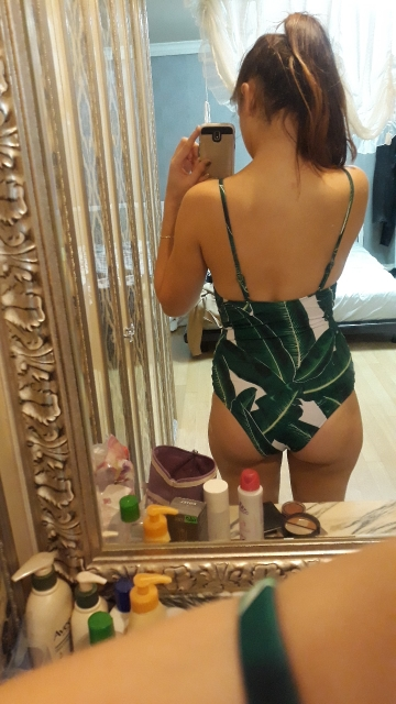 2019 Sexy One Piece Swimsuit Women Swimwear Green Leaf Bodysuit Bandage Cut Out Summer Beach Bathing Suit Swim Monokini Swimsuit