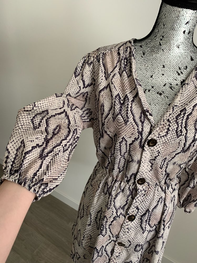 Women Summer Dress Sexy V Neck Button Snake Print Party Dresses Vintage Half Sleeve Mini Dress Snakeskin Dress Vestidos photo review