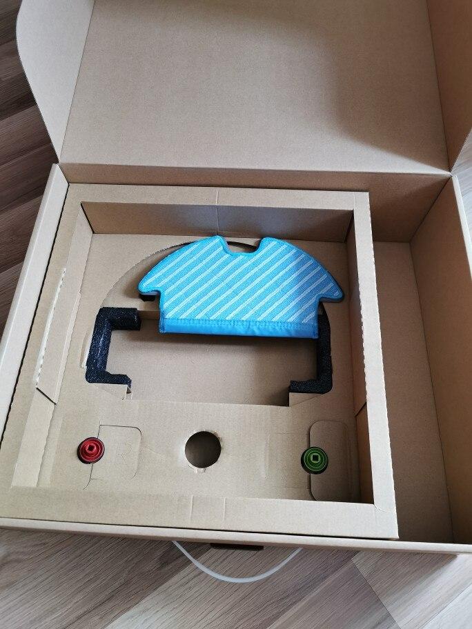 Робот-пылесос Ecovacs Deebot OZMO 902