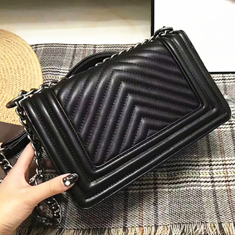 Women real leather messenger bags metal Chain 25cm lambskin shoulder Le Boy Flap Bag V Stripe Crossbody brands luxury handbags цена