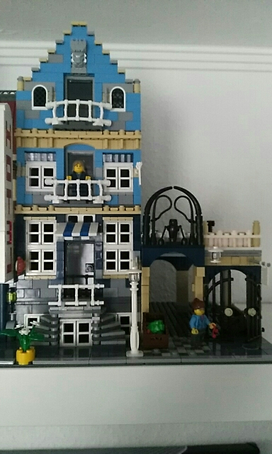 LEPIN 15007 Factory City Street European Market Block Set(1275Pcs) photo review