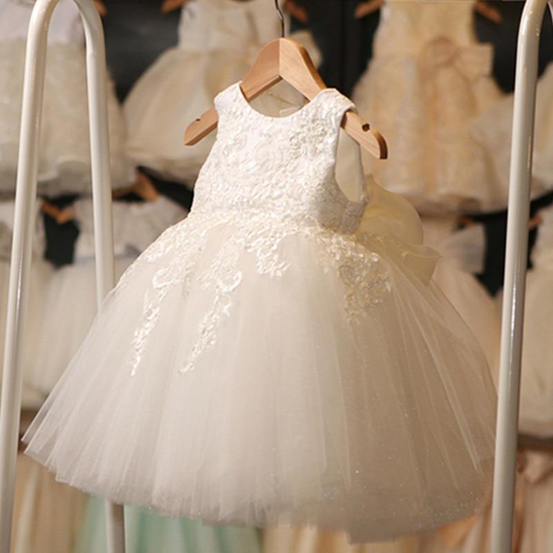 Neugeborene Baby-kleidung Partei Tragen Spitze Kleine Kleid Nettes ...