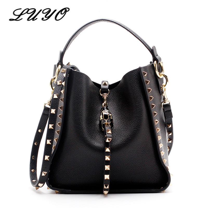 Genuine Leather Famous Brand Rivet Crossbody Bags For Women Messenger Shoulder Bag Luxury Handbags Women Bags Designer Female 2017 luxury handbags black women bags designer women s bag rivet chain messenger shoulder bags female skull clutch famous brand