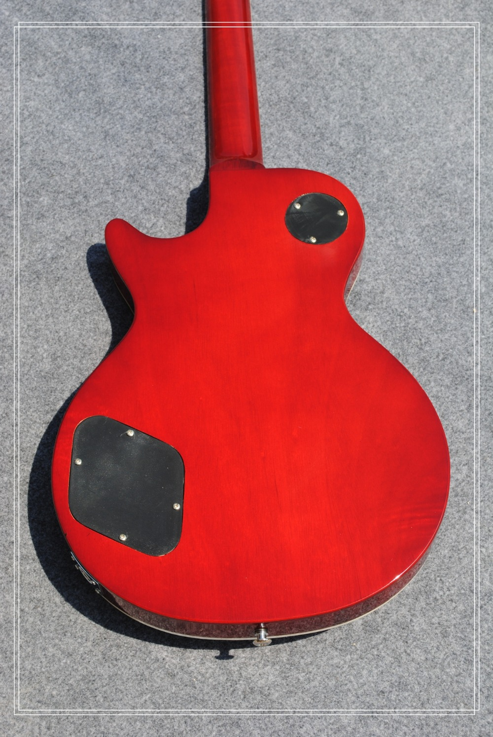 bad dog Hot Sale LP tiger guitar striped maple cover, Slash guitar signature on headstock high quality free shipping Custom