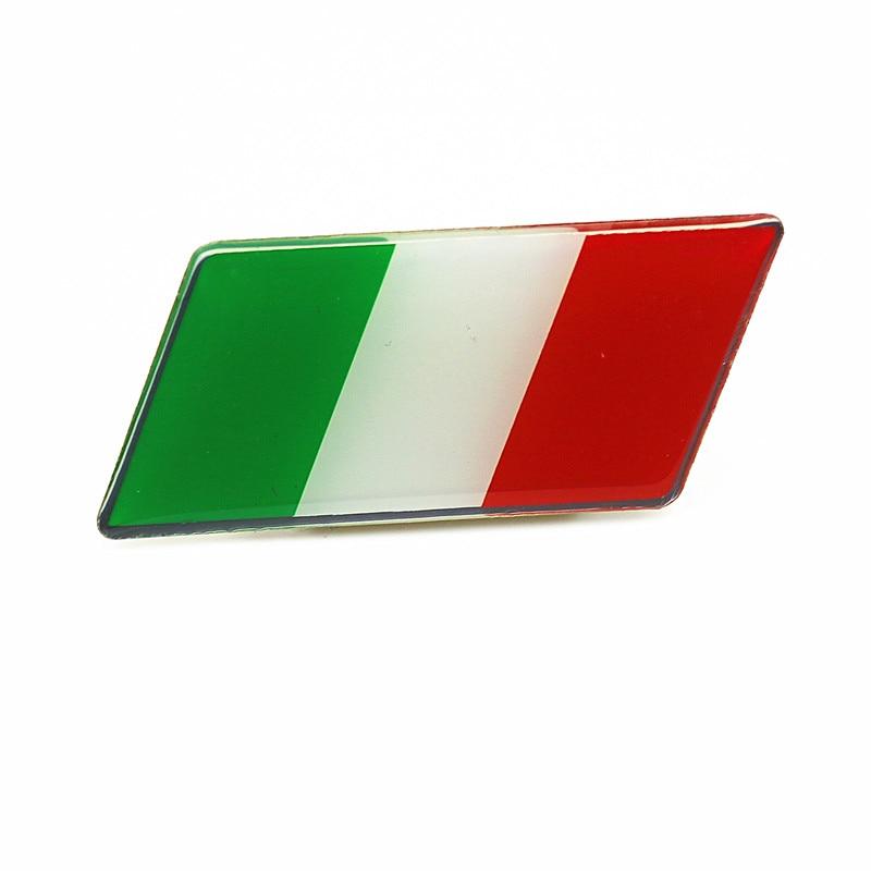 Car Styling Italie Drapeau De Voiture Calandre Autocollant Emblème Grille  Badge pour Fiat Punto 500 124 Stilo Ducato Palio Badge Alfa Romeo dans ... 06d74966f6fb