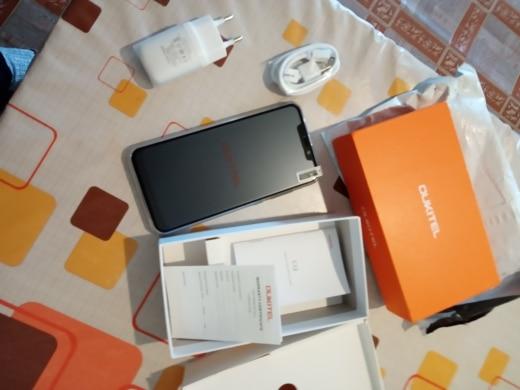 Передняя камера:: 5 МП; Xiaomi Редми 8 лайт; 8 ми; Передняя камера:: 5 МП;